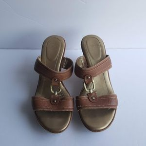 JOAN AND DAVID SANDALS SIZE 10